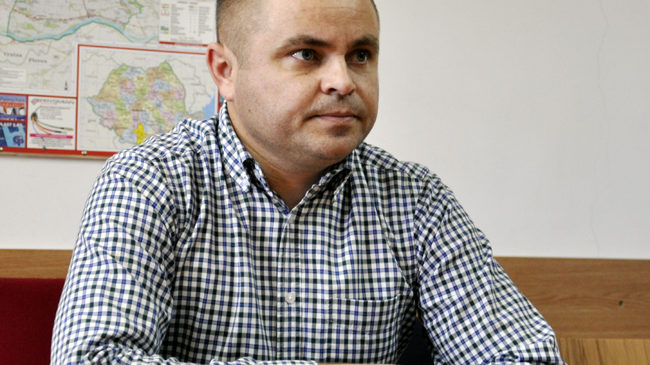Decizie a Curții de Apel Craiova: Rotea, incompatibil