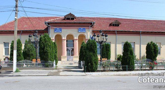 Primăria Coteana investește în bănci. Bănci pentru parc