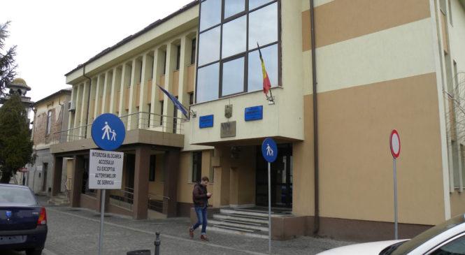 Un primar PSD și patru afaceriști, trimiși în judecată pentru fapte de corupție