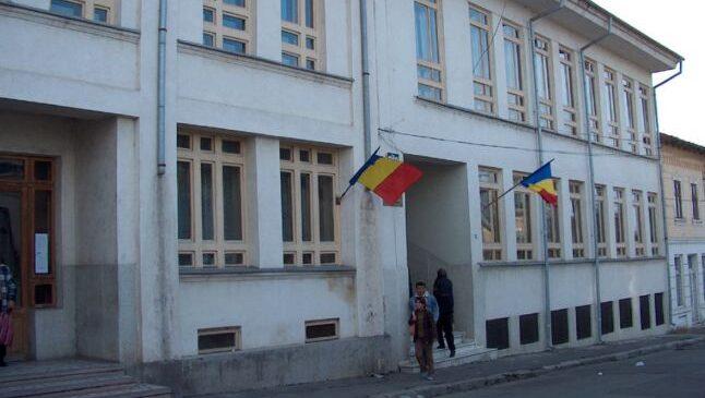 Judecătoria Slatina a încetat procesul penal față de Costinel Alecsandrescu. Condamnare pentru afaceristul Ilie Petre